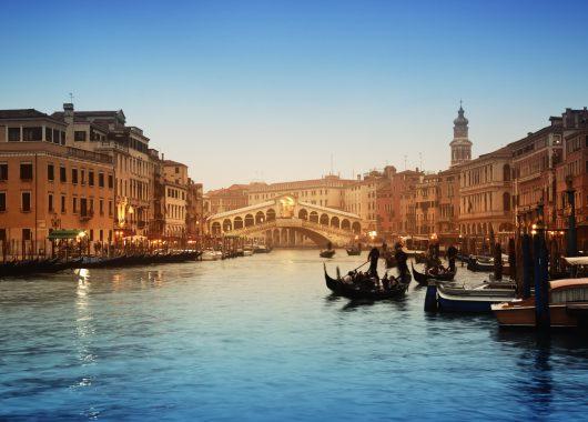 Venedig: 3 oder 4 Tage im guten 3* Hotel inkl. Frühstück, Casino-Eintritt und Gondelfahrt ab 96€ pro Person