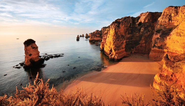 Algarve: 7 Tage im sehr guten Hotel inkl. Flügen, Transfers und Frühstück ab 277€