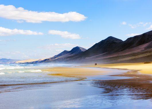 Eine Woche Fuerteventura im 3* Apartment inkl. HP, Flug, Rail&Fly und Transfer ab 388€