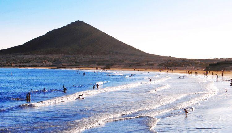 1 Woche Fuerteventura im Dezember: 4* Hotel All Inclusive und Flug ab 337€