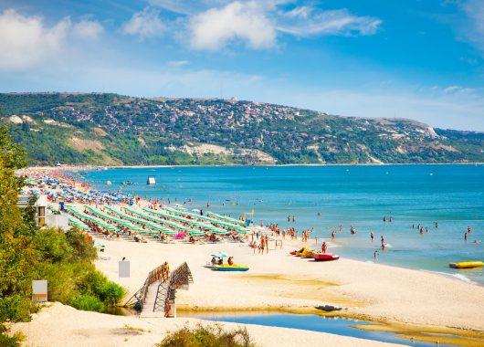 Bulgarien: Eine Woche All Inclusive im 4* Hotel inkl. Flug, Rail & Fly und Transfer ab 346€