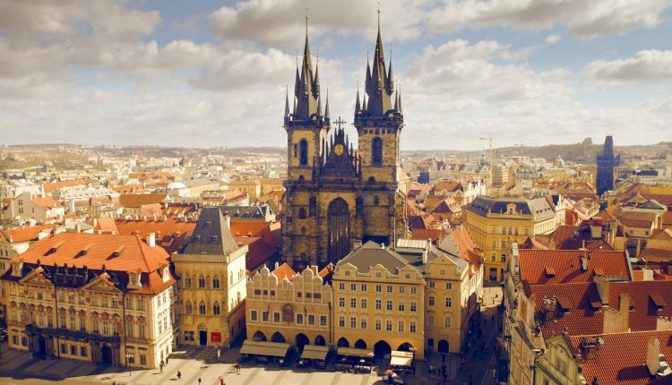 Prag: 4 Tage im zentralen 4*Hotel inkl. Flug und Frühstück ab 155€ pro Person