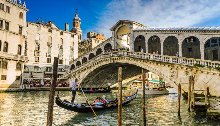 3 Tage Venedig über Silvester: 4* Hotel mit Frühstück & Flug ab 288€