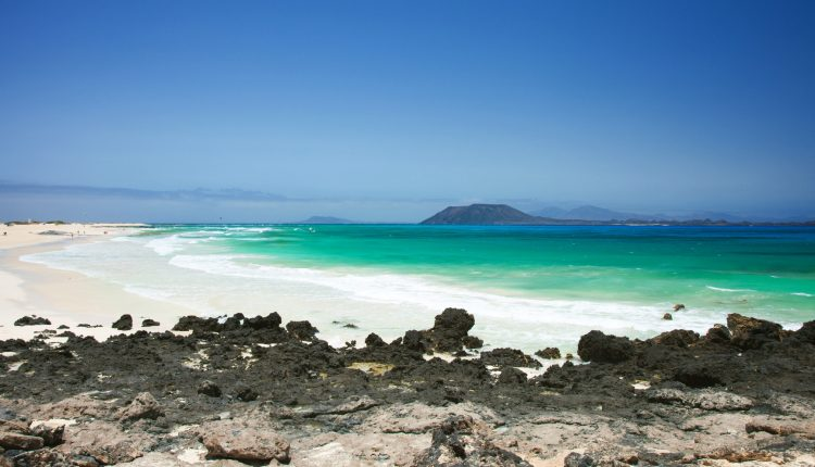 Ende August nach Fuerteventura: 1 Woche im 3* Hotel inkl. Flug, Transfer und Halbpension ab 458€