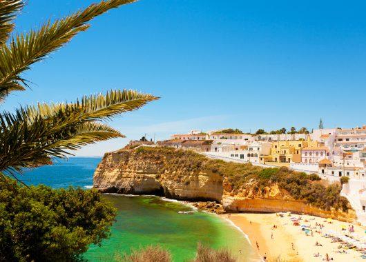 Algarve im November: 1 Woche im 4* Hotel inkl. Flug und Frühstück ab nur 219€