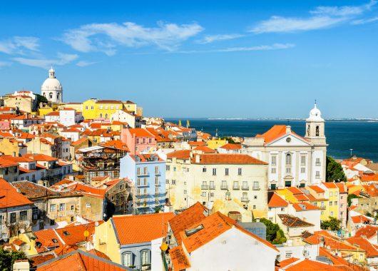 Portugal: 6 Tage nach Lissabon und Porto mit Flügen, Frühstück und Fahrt für 249€