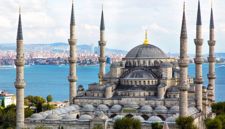 Istanbul im Dezember: 4 Tage im 4* Hotel inkl. Flug und Frühstück ab 145€ pro Person