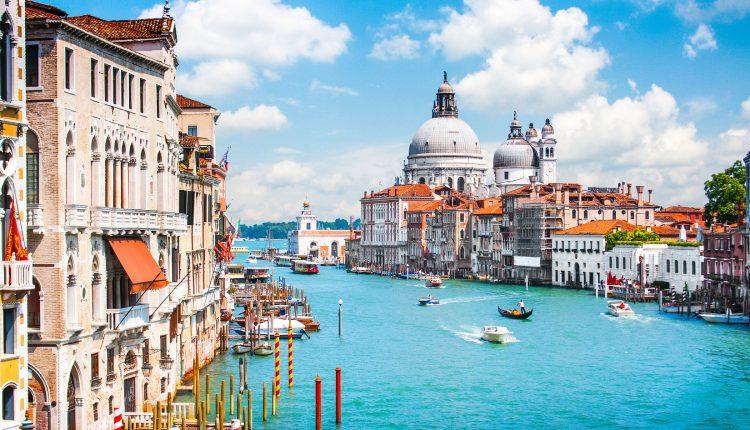 Venedig: 5 Tage im 3*Hotel inkl. Frühstück und Flügen und gratis Wifi für 210€