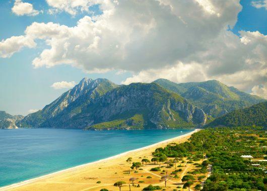 1 Woche Türkei im 4* Hotel mit All Inclusive, Flug & Transfer ab 285€