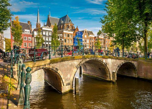 Amsterdam: 3 Tage im 4* Hotel inkl. Frühstück ab 84,50€ pro Person