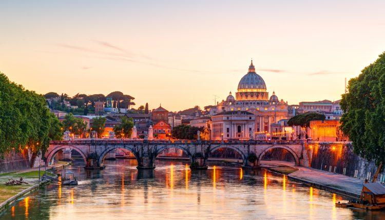 Silvester in Rom: 6 Tage im sehr guten 3* Hotel inkl. Flügen und Frühstück ab 408€