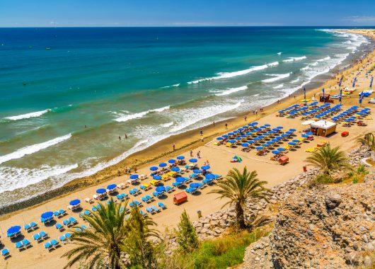Dezember: Eine Woche Gran Canaria im 4-Sterne Hotel mit sehr guten Bewertungen inkl. HP, Rail&Fly, Transfer ab 484€