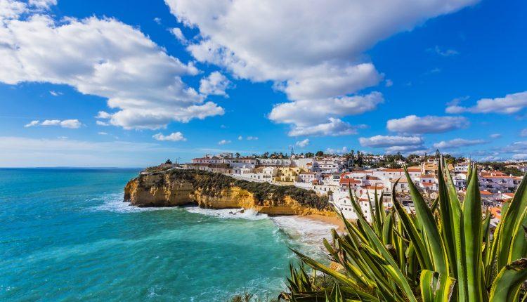 1 Woche Albufeira (Portugal) im November: 4* Apartment, Flug und Transfer für 189€