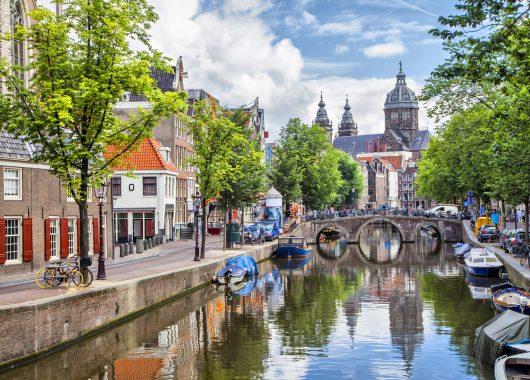 Amsterdam: Sehr gut bewertetes 4* Hotel ab 27,50€ pro Person im Doppelzimmer