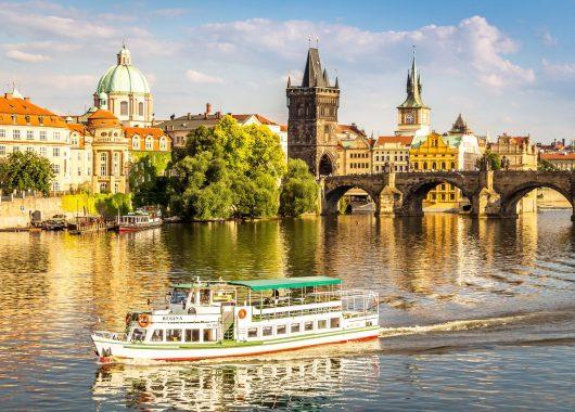 Langes Wochenende in Prag: 4 Tage im 4* Hotel inkl. Frühstück ab 75€ pro Person