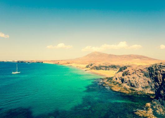 Lanzarote: Eine Woche im 3* Hotel inkl. Flug und Transfer ab 262€
