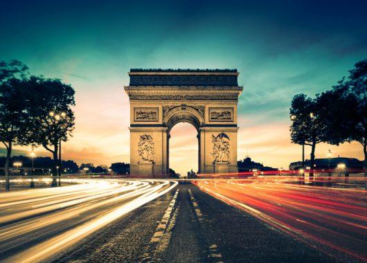 2 Tage Paris-Busreise inkl. 3*Hotelübernachtung mit Frühstück und Stadtrundfahrt für 79€
