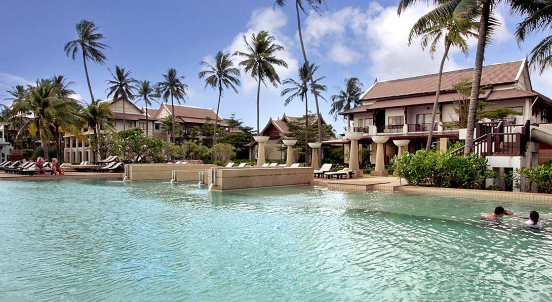 Apsara Beachfront Resort And Spa