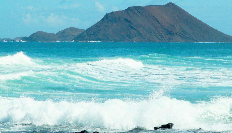 1 Woche Lanzarote im Januar: 4* Hotel mit Halbpension, Flug & Transfer ab 349€