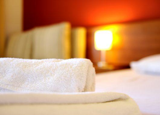2 – 3 Tage Frankfurt im 4* Hotel inkl. Frühstück und Tagestickets für alle Bereiche der Taunus Therme ab 69€ pro Person
