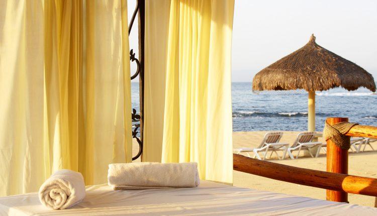 Erholung in Italien: 1 Woche Ischia im 4* Hotel inkl. Halbpension, Flug und Transfer ab 489€