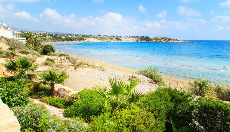Frühbucher Zypern: 1 Woche im Mai im 4*Hotel mit Frühstück, Flug und Transfers ab 264€