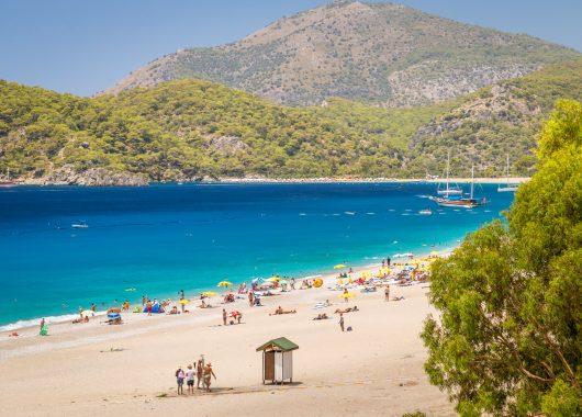 Last Minute: 1 Woche Türkei im 5* Hotel mit All In, Flug und Transfer ab 195€