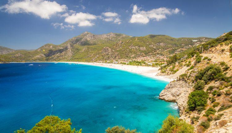 Single-Reise im Juni: 1 Woche Türkei inkl. Flug, Transfer, Frühstück und Unterkunft ab 211€