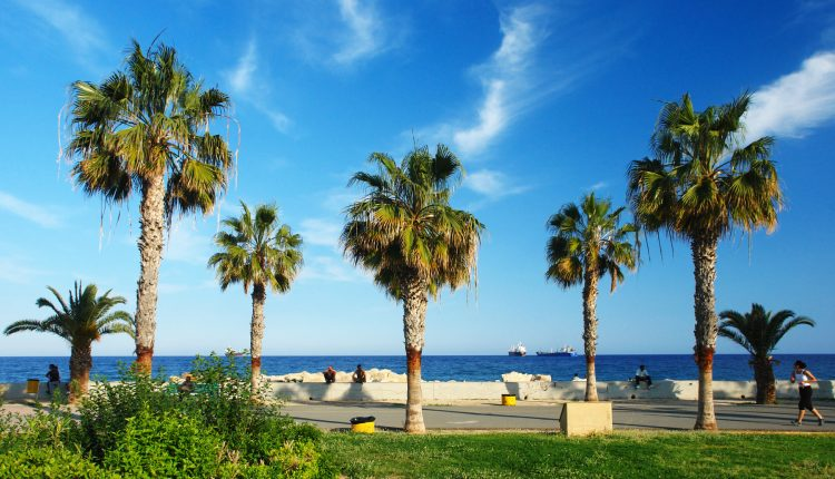 1 Woche Nordzypern im 3* Hotel inkl. Frühstück, Flug, Transfer und Rail&Fly ab 260€