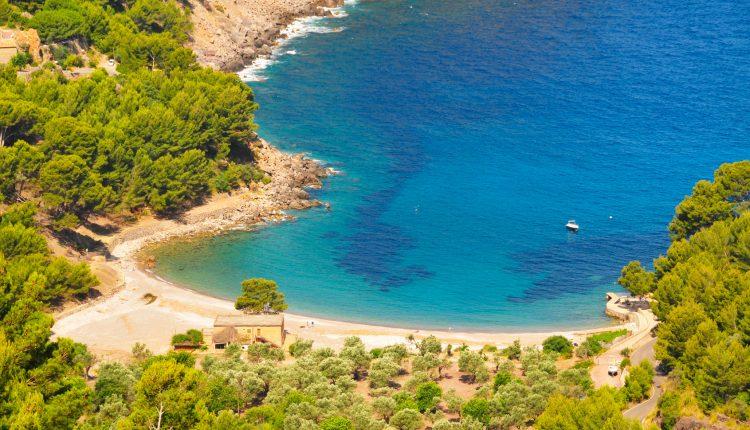 Kurzurlaub auf Mallorca: 5 Tage in Can Picafort inkl. Hotel, Flug, Transfers und Rail & Fly ab 125€