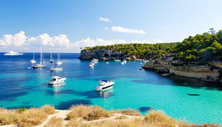 Mallorca: Eine Woche im 4-Sterne Hotel inkl. Flügen, Transfers und Rail & Fly ab 305€