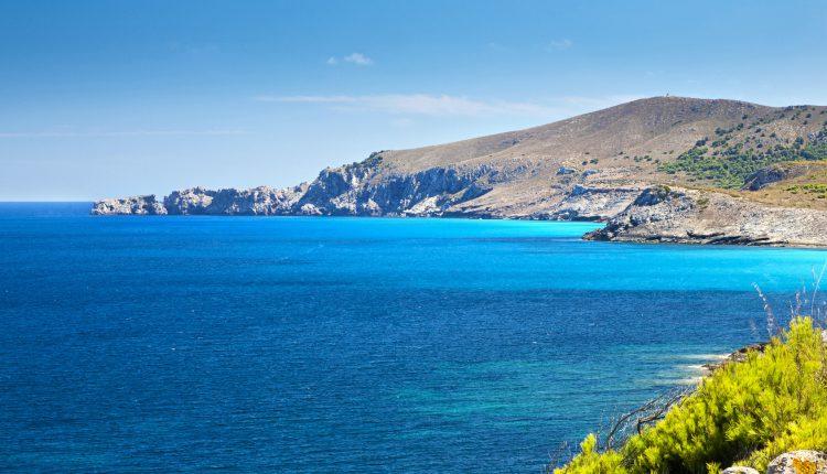 Mallorca: 1 Woche im 4-Sterne Hotel inkl. Flügen, Transfers und Zug zum Flug ab 194€