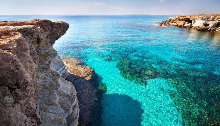 Februar: 1 Woche Zypern im 3*Hotel mit Flügen, Halbpension und Transfers ab 261€