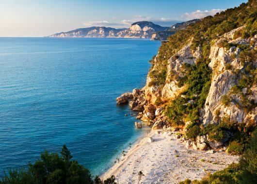 1 Woche Sardinien im Sea Villas Country Village inkl. Flug ab 238€