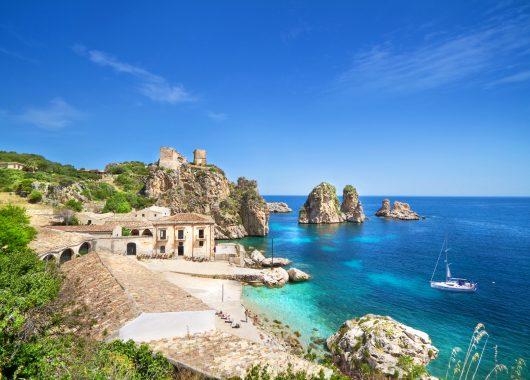 Sizilien: 7 Tage im tollen 3*Hotel inkl. Flügen und Frühstück für 311€