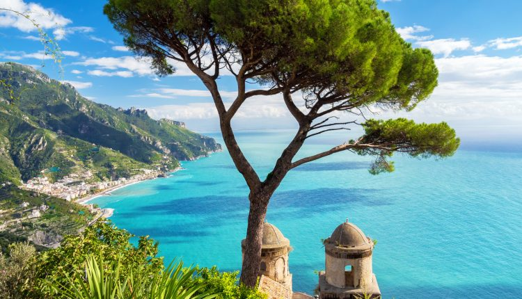 1 Woche Ischia im März: 3* Hotel inklusive Halbpension, Flug & Transfer ab 344€