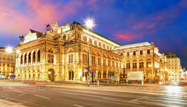 Silvester in Wien: 4* Hotel & Flug ab 231€