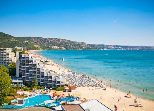Early Bird: Eine Woche am Goldstrand im 3,5* Hotel mit All In, Flug & Transfer ab 339€