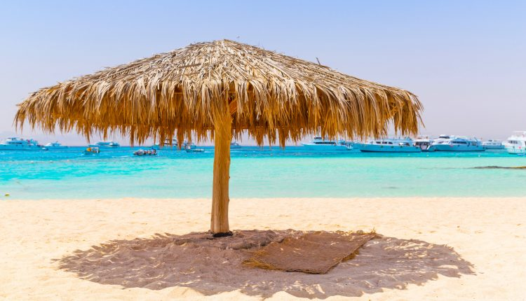Eine Winterwoche Hurghada im 4* Award-Hotel mit All In, Flug, Rail&Fly u. Transfer ab 310€