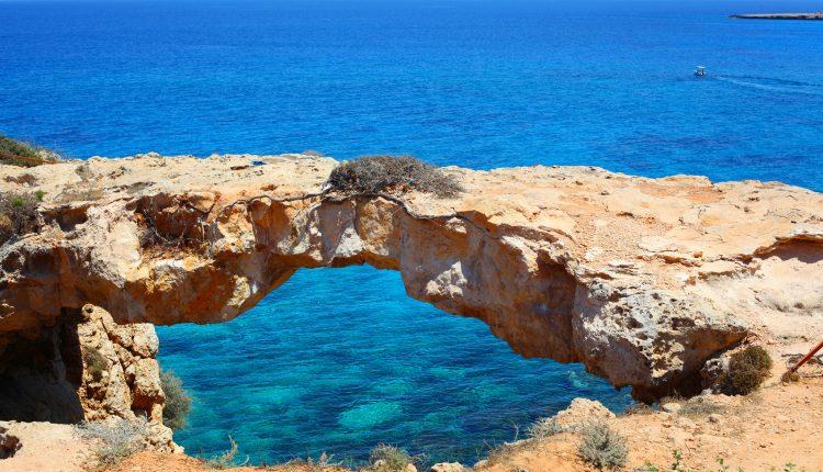 Zypern: 1 Woche im 4*Hotel mit Flügen, Transfers und Frühstück ab 380€
