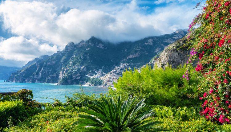 1 Woche Ischia in Italien: 4* Hotel mit Frühstück & Flug ab 327€