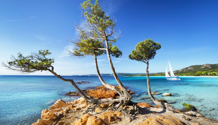 Sardinien: 7 Tage im 3* Hotel inkl. Flug, Frühstück und Rail & Fly ab 318 Euro