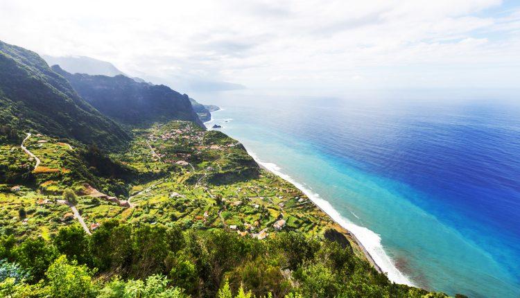8 Tage Madeira im September: Sehr gutes 4* Hotel inkl. Flug ab Berlin oder Leipzig, Halbpension,… ab 779€