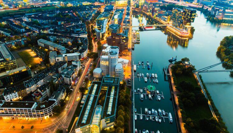 Weihnachtsmarkt in Düsseldorf: 3 Tage im 3* Hotel ab 62€ pro Person