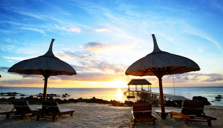 April – Mai: 13 Tage Mauritius im 3* Resort All Inclusive, Flug und Transfer ab 1295€