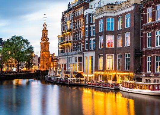 Amsterdam: 3 oder 4 Tage im Bootshotel inkl. Frühstück für 74,50 Euro pro Person