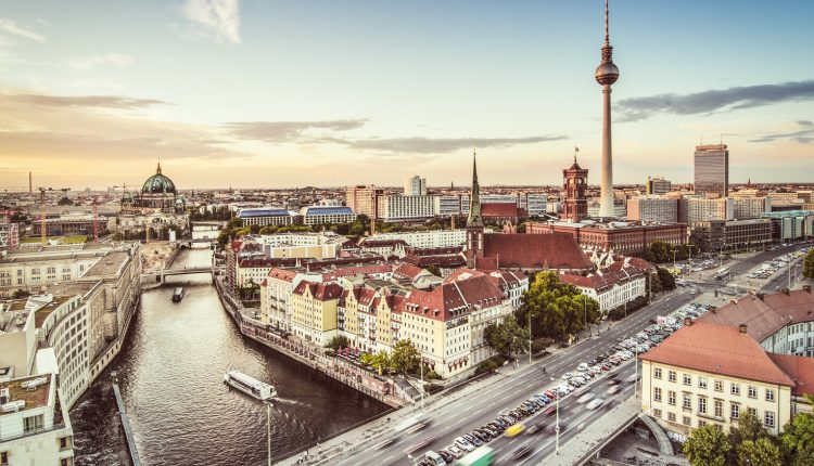 Berlin: 4 Tage im 4* Hotel inkl. Flug und Frühstück ab 199€ pro Person