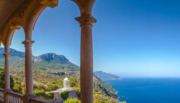 April – Mai: 2 Wochen Mallorca im guten 4* Apartment, Flug, Transfer und Rail&Fly ab nur 271€ (1 Woche ab 192€)