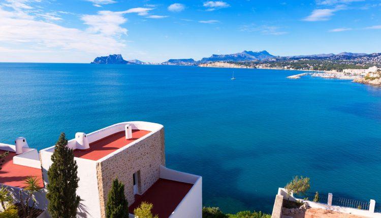Costa del Sol im November: Eine Woche im 3*Hotel mit Flügen, Transfers und Halbpension ab 285€