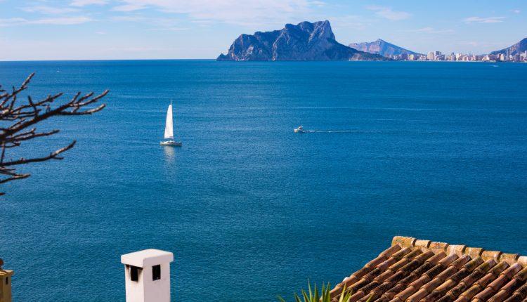 1 Woche Costa del Sol im April: 4* Apartment, Flug und Transfer ab 399€